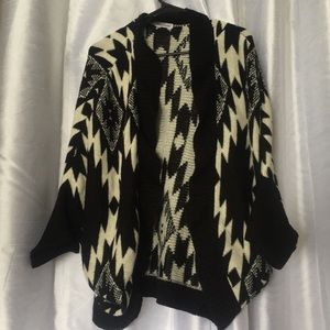 Maurices Aztec Black and White Shawl